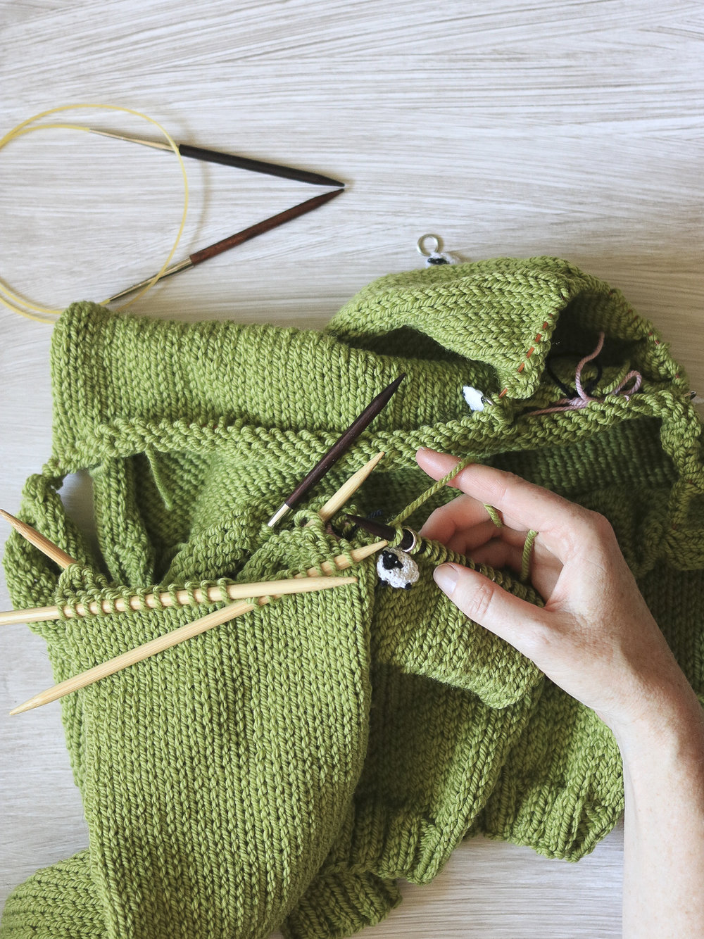 Joining a sleeve to the Carbeth Cardigan