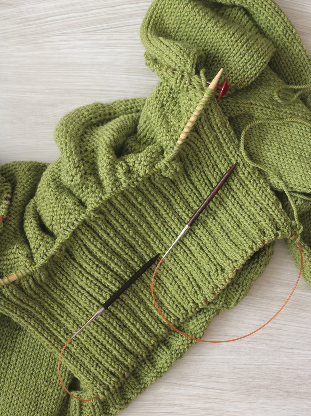 Picking up stitches at the neckline of a Carbeth Cardigan