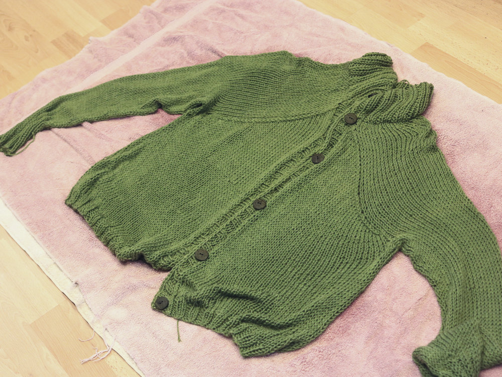 carbeth_cardigan_blocking_c.jpg