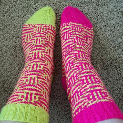 celesalk's Mosaic Marbles socks