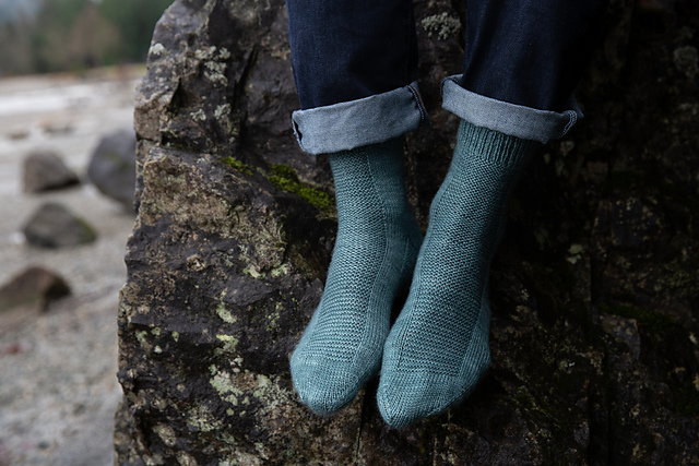 Rye Light  socks knitting pattern designed by tincanknits