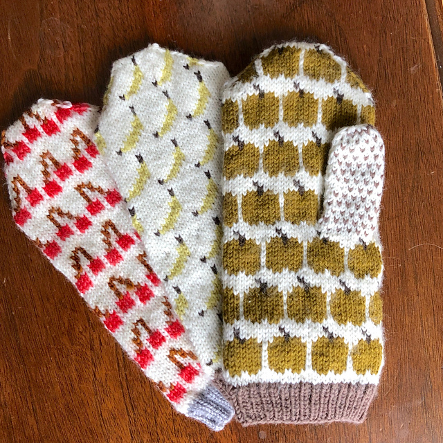 U-Pick Mitts  cherry, banana, apple, and avocado mittens knitting pattern