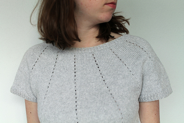 Silver Springs  knitting pattern by Robin Knits