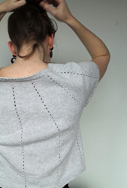 Silver Springs  seamless yoke tee knitting pattern