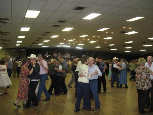 community dance clubs