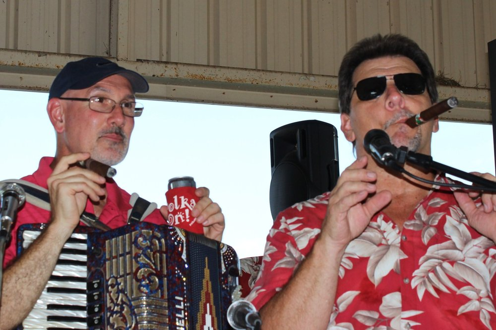John shares a smoke with Kenneth Kristynik of Red Ravens at the 2014 Moulton Jamboree