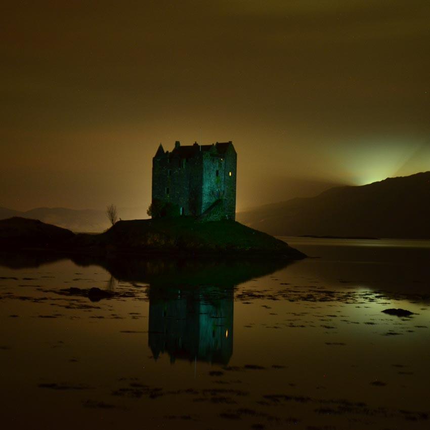 Stalker Castle, 2012. Hasselblad, lente 80mm, com filme Fuji PPA, exposição de 15 minutos.