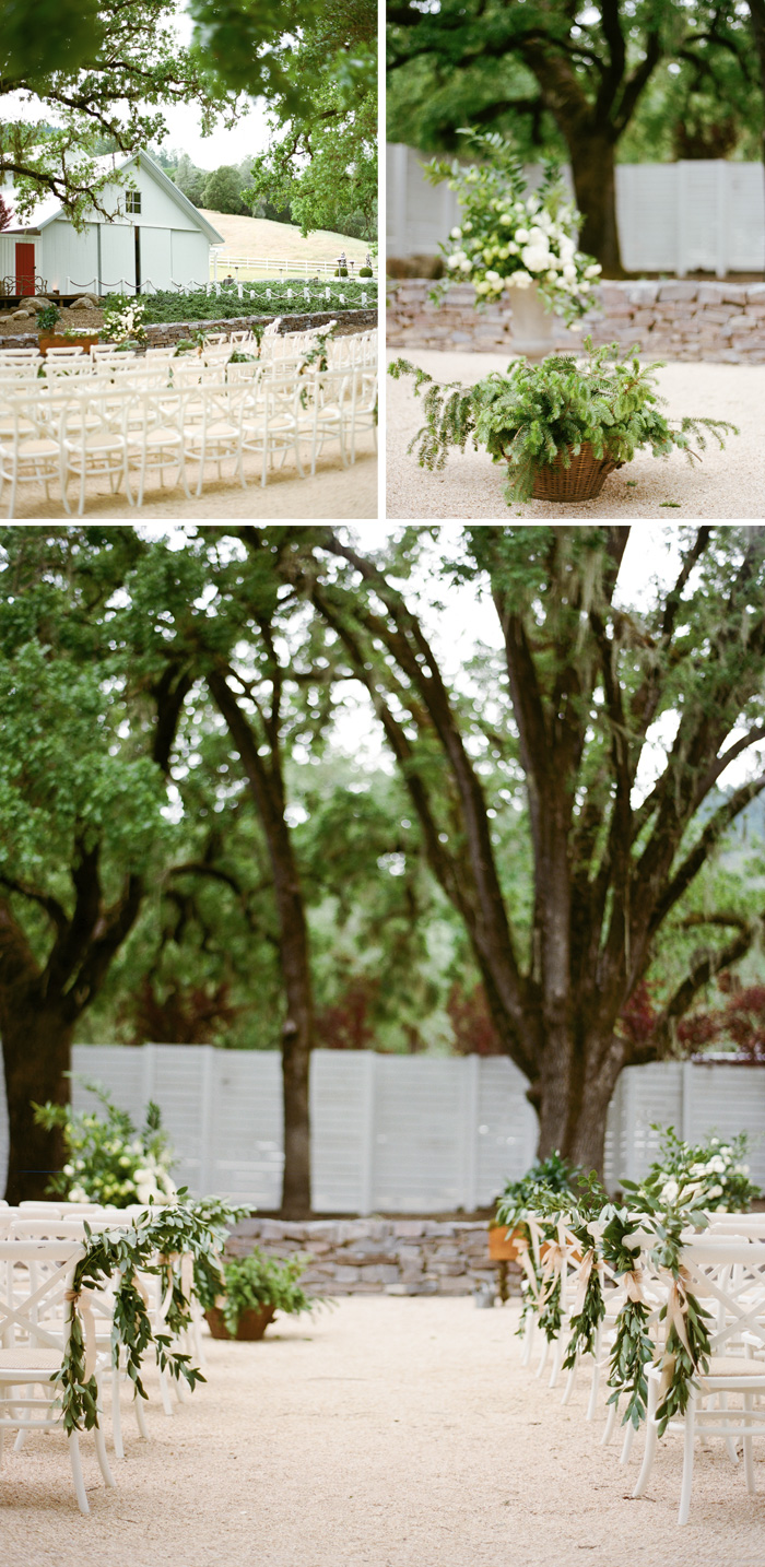 The ceremony space is simple and beautiful with minimal decoration but with everything in the white and green tones.