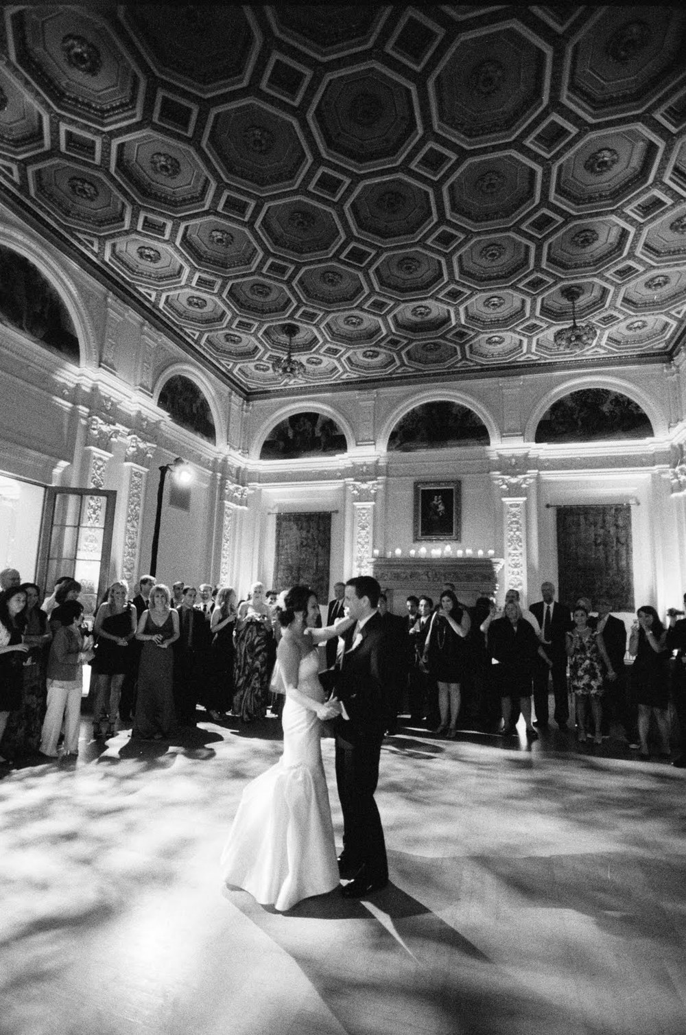 sylvie-gil-film-photography-wedding-black-white