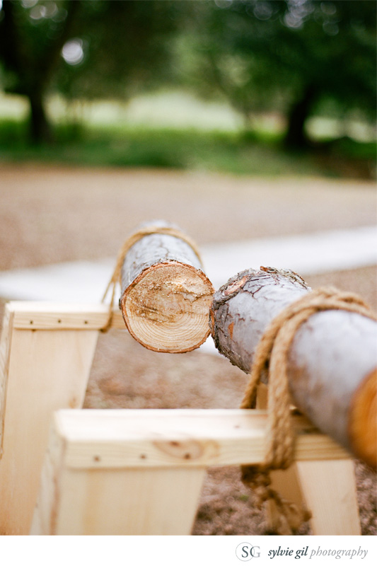 sylvie-gil-film-photography-wedding-outdoor-durham-ranch-details-cutting-log