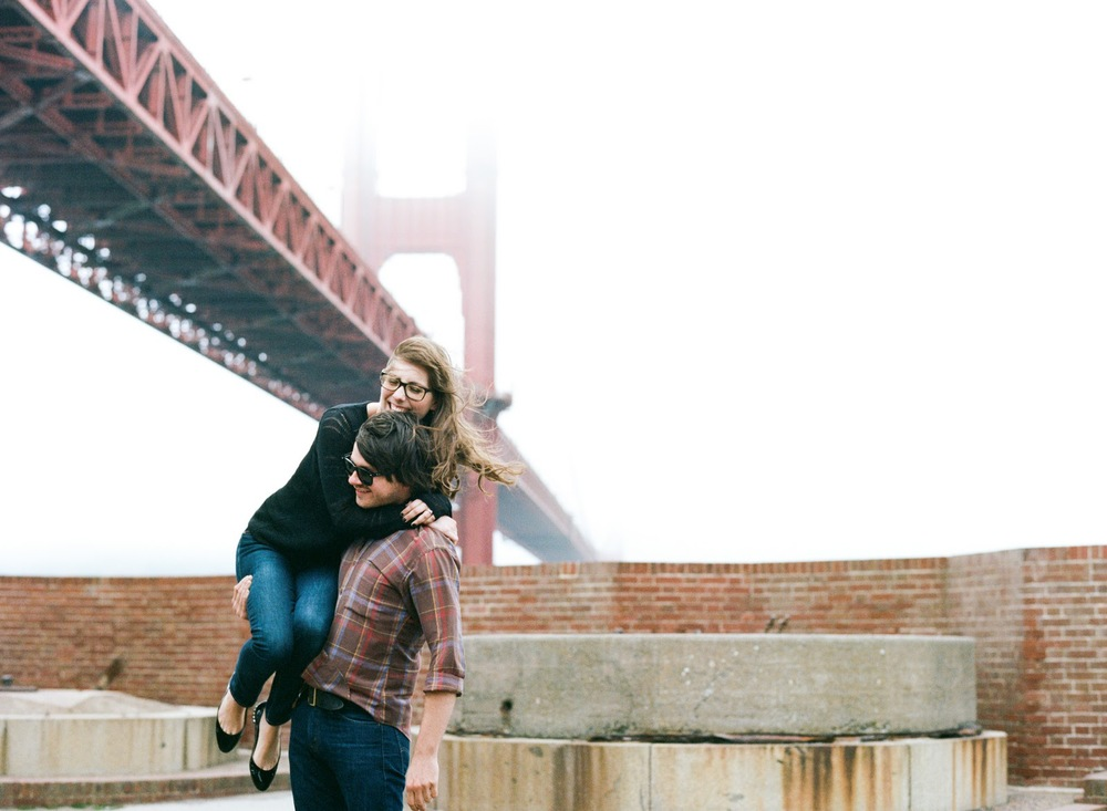 sylvie-gil-film-photography-portrait-engagements-fort-point-san-francisco-golden-gte-bridge