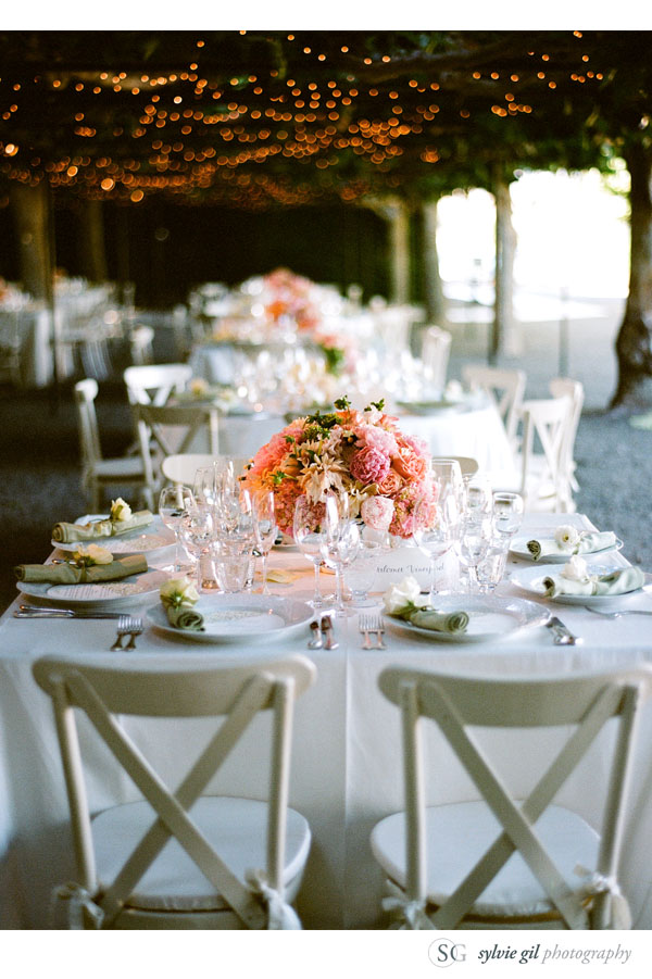 sylvie-gil-film-photography-wedding-style-me-pretty-published-online-annena-beaulieu-garden-paula-leduc-vera-wang-napa-table-setting