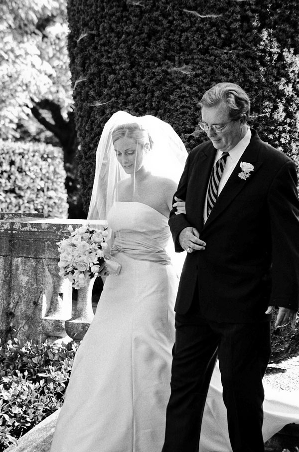 sylvie-gil-film-photography-wedding-beaulieu-garden-napa-bride-black-white