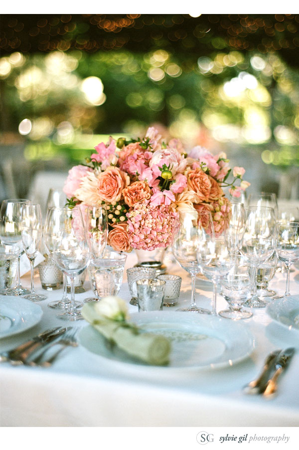 sylvie-gil-film-photography-wedding-style-me-pretty-published-online-annena-beaulieu-garden-paula-leduc-vera-wang-napa-flowers-centerpiece