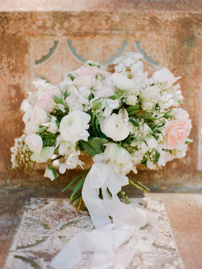 SylvieGIl-Film-Wedding-Photography-Napa-Sonoma-Californiia- pastel bouquet