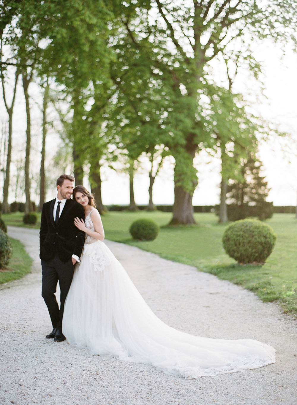 Just married couple session at Chateau de Varennes; Sylvie Gil Photography