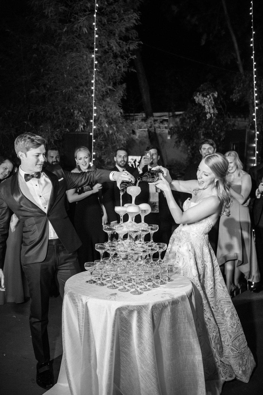 Sylvie-Gil-film-destination-wedding-photography-mexico-san-miguel-de-allende-colorful-romantic-couple-champagne-cake