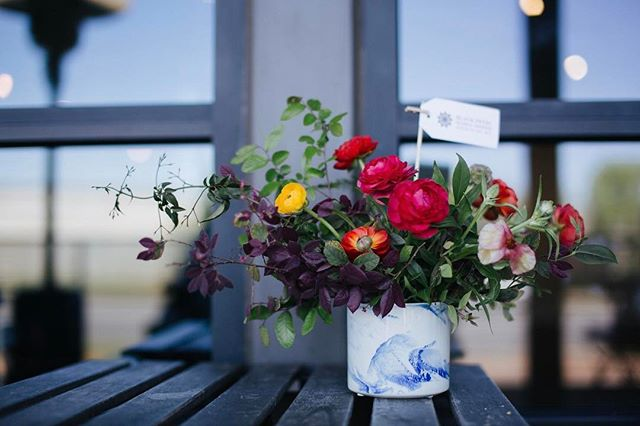 Ah, spring! The time for fresh flowers on the kitchen table. We're loving this colorful arrangement from @blackpetalfloraldesign ! . . . #shoplocal #shopsmall #supportlocalbusiness #vsco #floraldesign #floralfix #floralart #austinproductphotographer #austinphotographer #austinphotography #atxart #atxphotographer #atxphotography #shootandshare #instagood #instaphotography #lookslikefilm #austintx #localaustin #localaustinbusiness #austinflowers #austinfloral #igaustin #igtexas #blackpetalfloraldesign