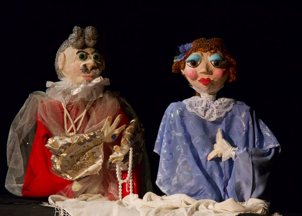 Puppets Doretta and the King designed by Shelby Rickart. Photo credit Robert Breault