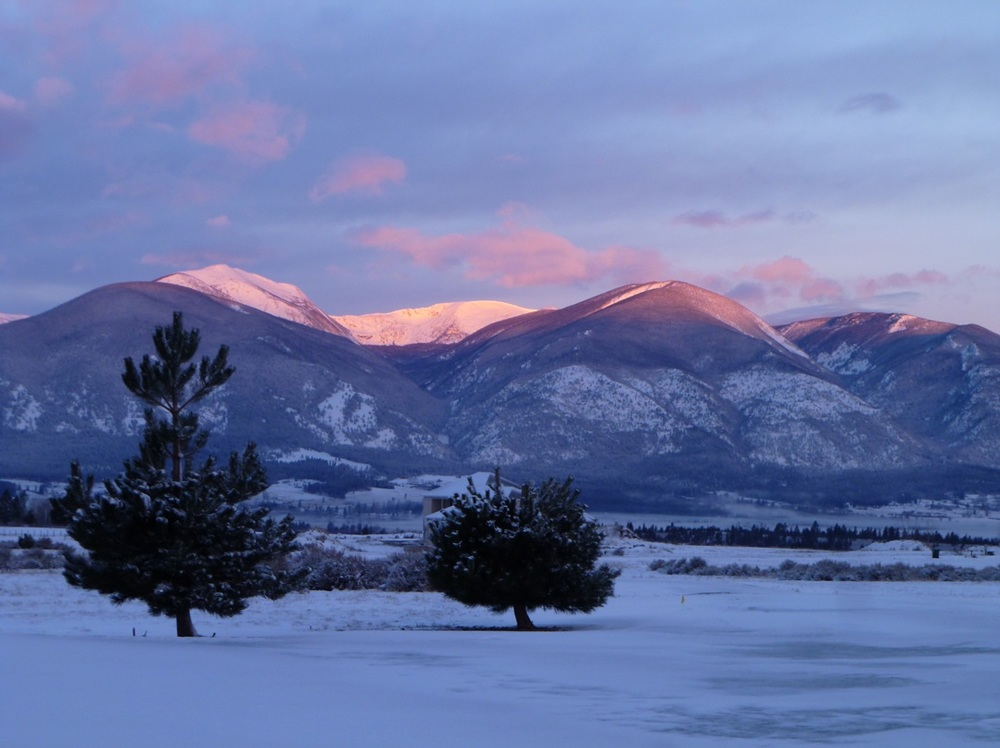 2-27-11-red-sky-in-the-morning-sailor-take-warning-bitterroot-mountains-sunrise-bud-and-sandy-murphy.jpg