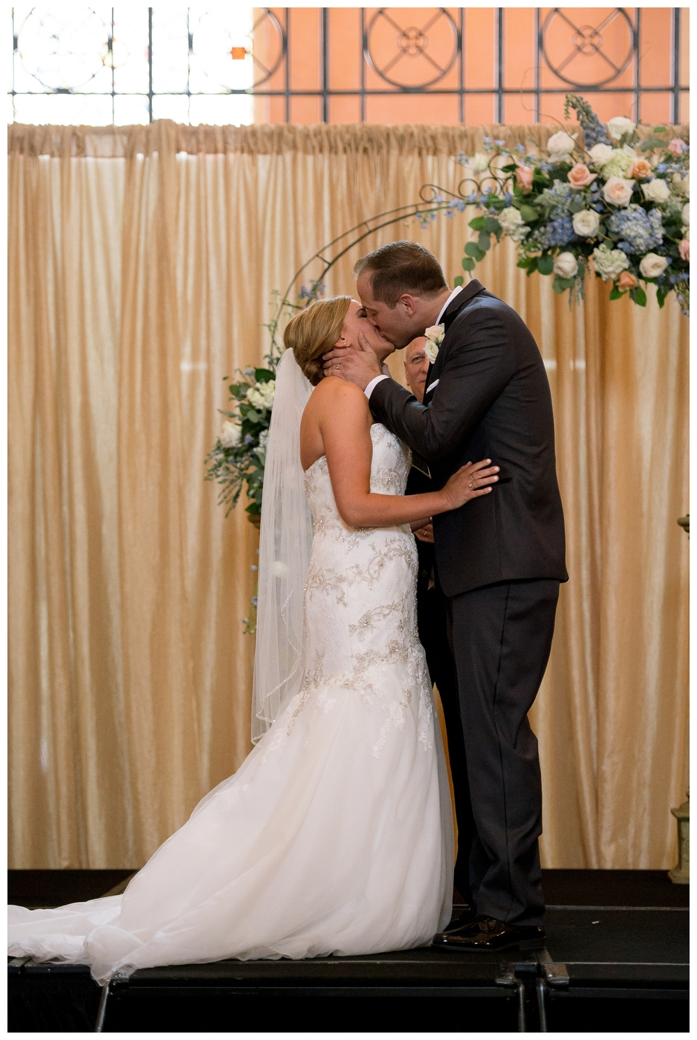 Rebecca_Bridges_Photography_Indianapolis_Wedding_Photographer_4186.jpg