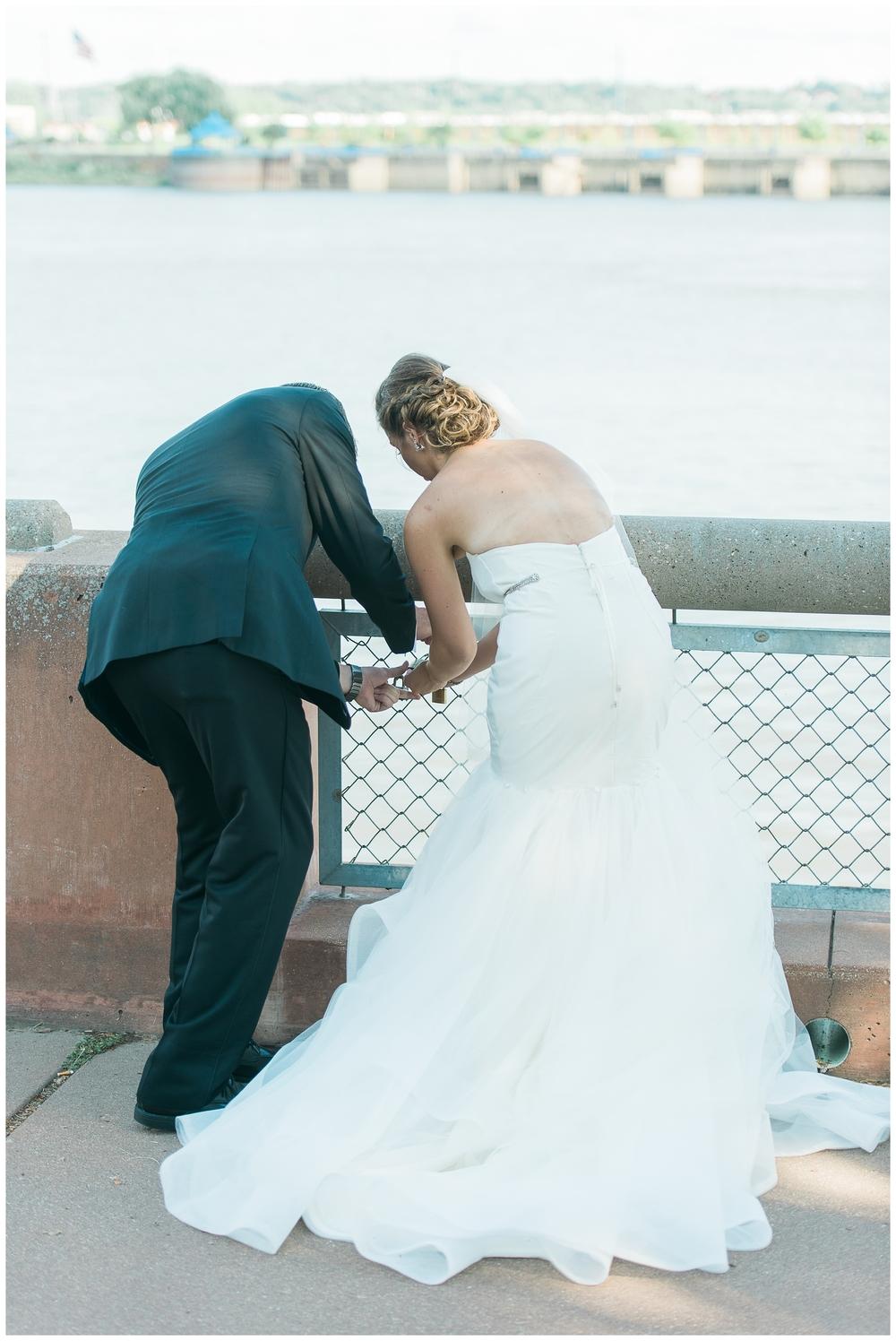 Rebecca_Bridges_Photography_Indianapolis_Wedding_Photographer_5098.jpg