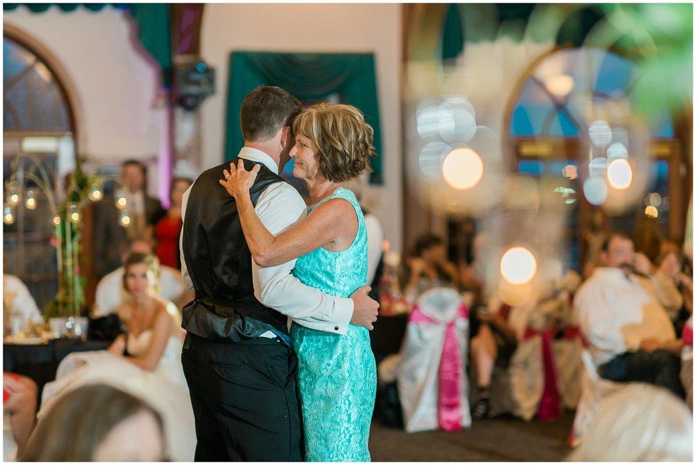 Rebecca_Bridges_Photography_Indianapolis_Wedding_Photographer_5129.jpg