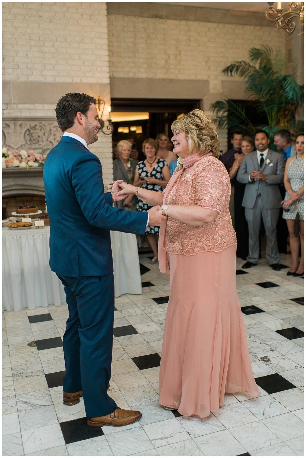 Rebecca_Bridges_Photography_Indianapolis_Wedding_Photographer_5265.jpg