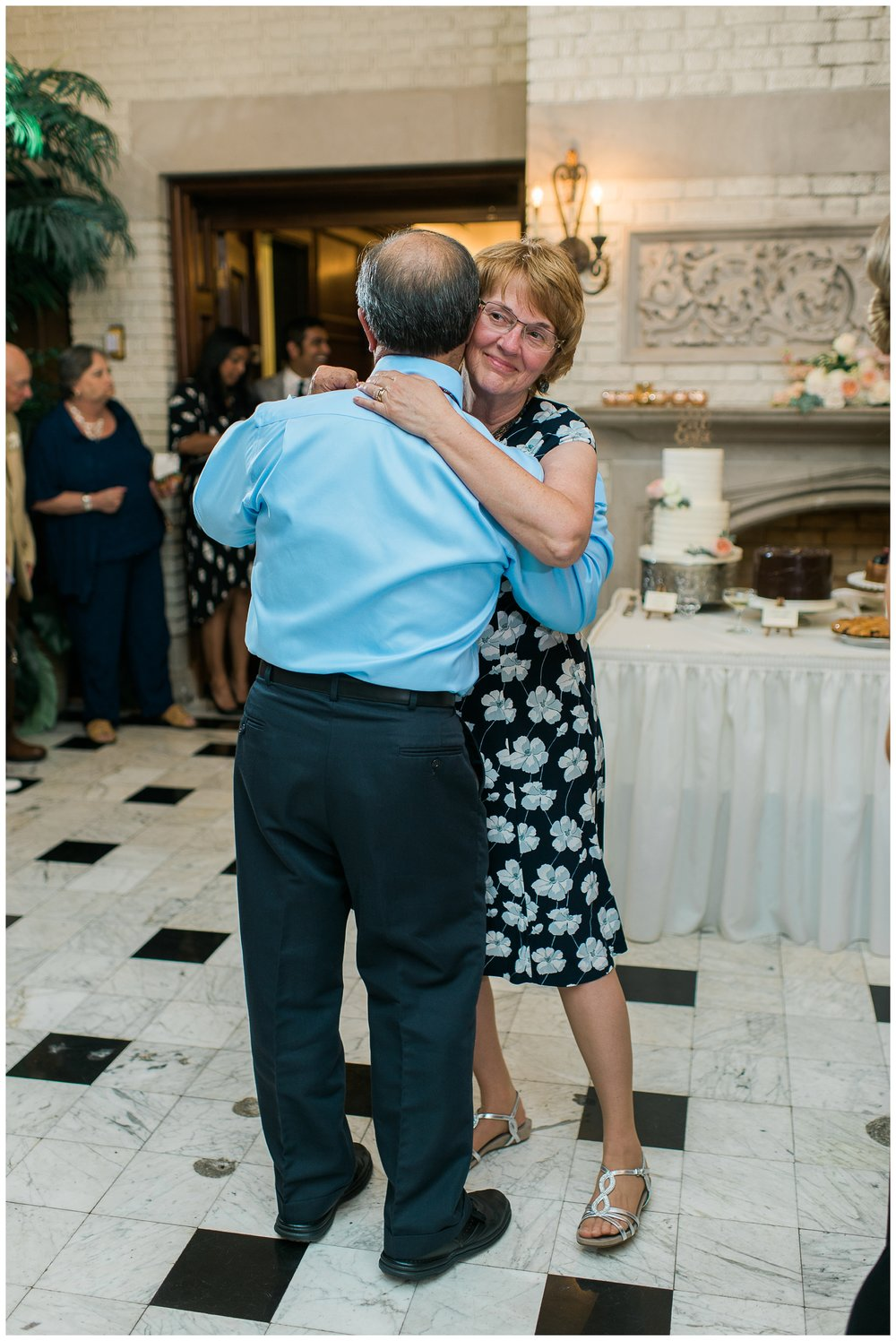 Rebecca_Bridges_Photography_Indianapolis_Wedding_Photographer_5267.jpg