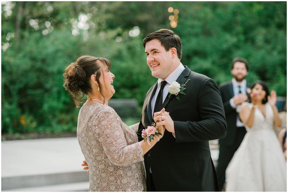 Rebecca_Bridges_Photography_Indianapolis_Wedding_Photographer_6985.jpg