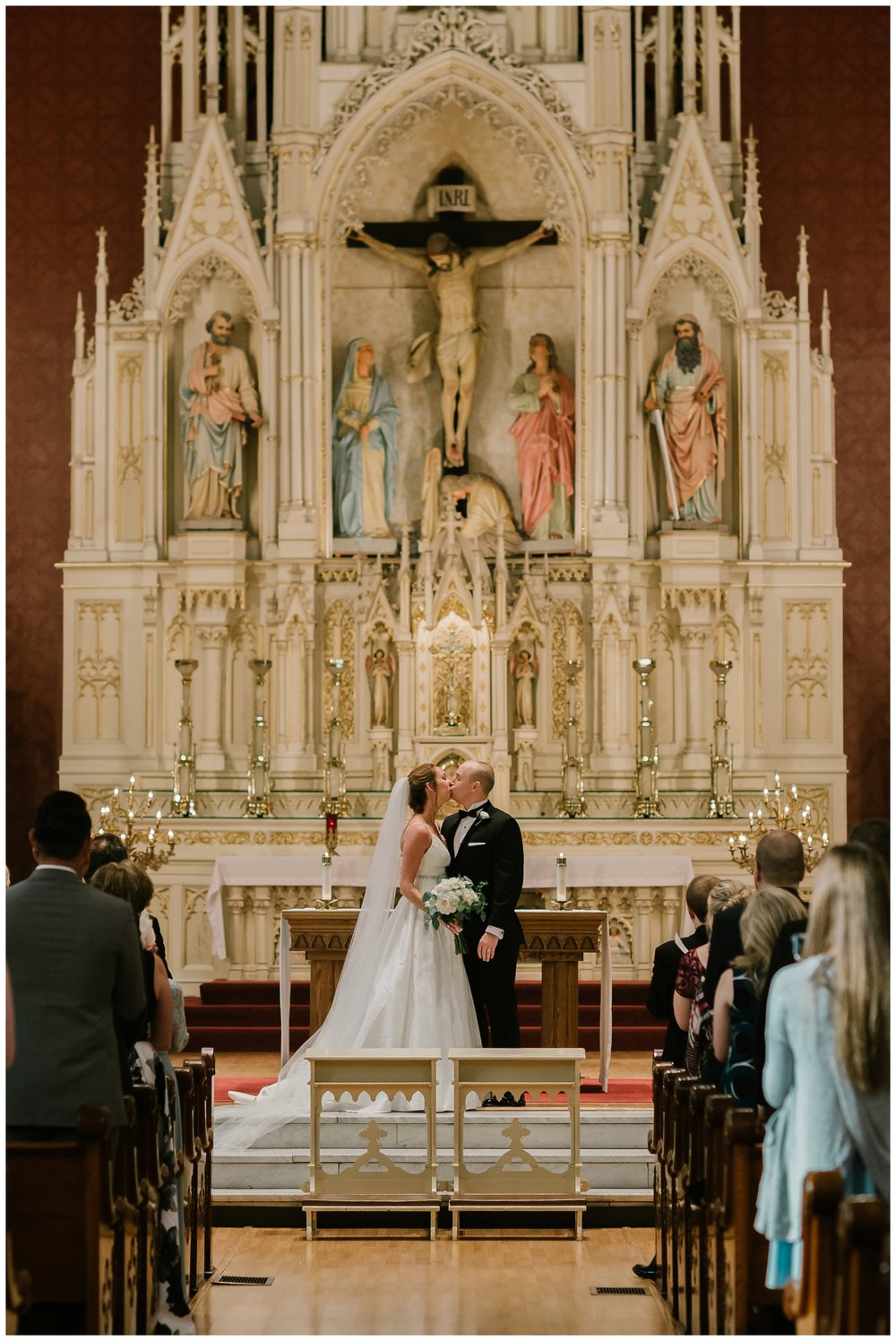Rebecca_Shehorn_Photography_Indianapolis_Wedding_Photographer_7158.jpg