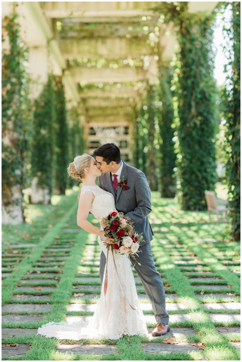 Rebecca_Shehorn_Photography_Indianapolis_Wedding_Photographer_7335.jpg