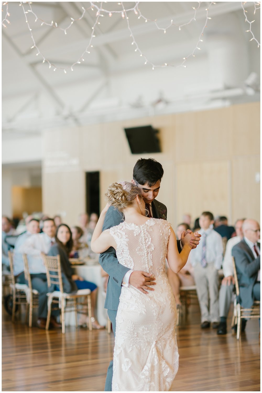 Rebecca_Shehorn_Photography_Indianapolis_Wedding_Photographer_7370.jpg