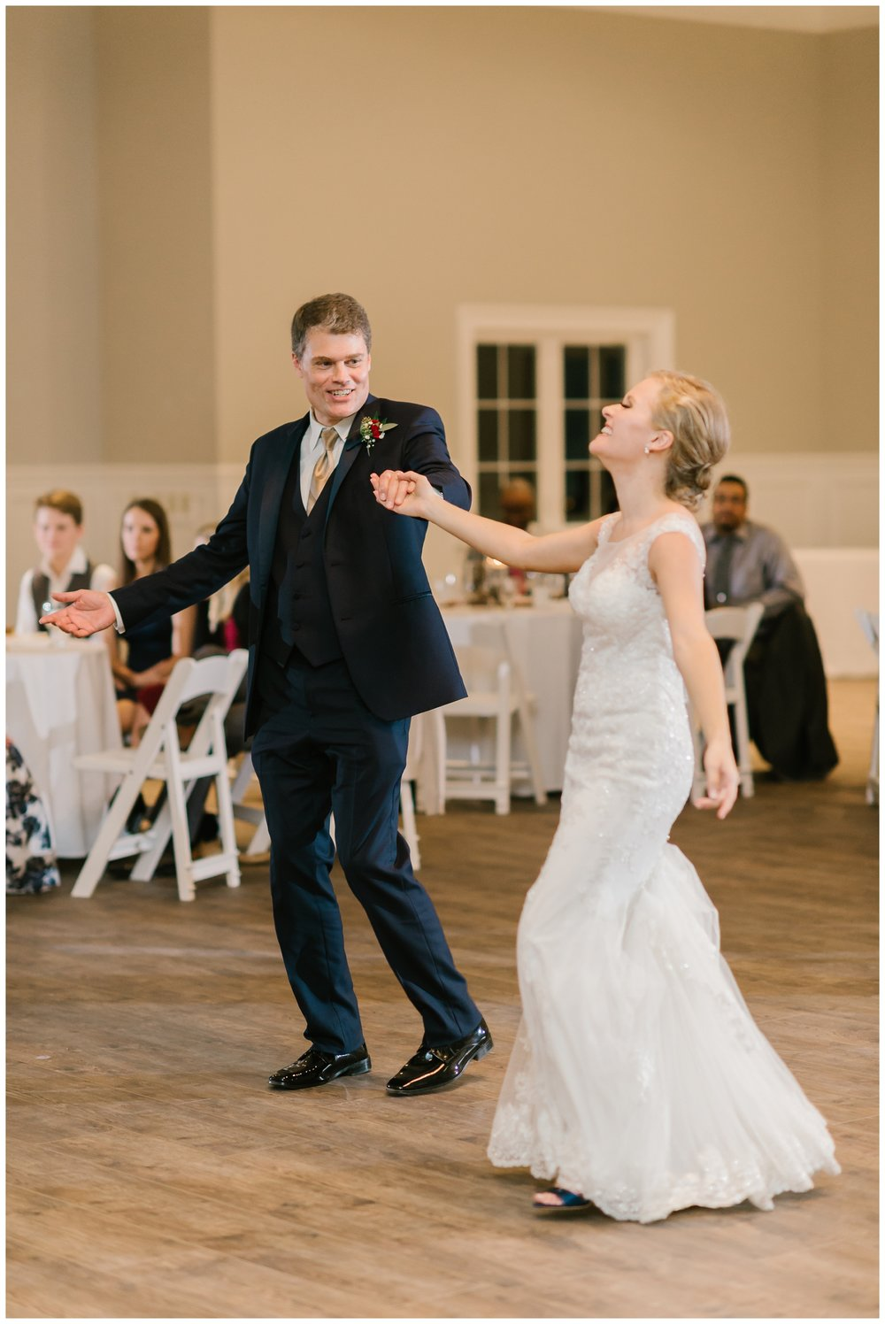 Rebecca_Shehorn_Photography_Indianapolis_Wedding_Photographer_7639.jpg