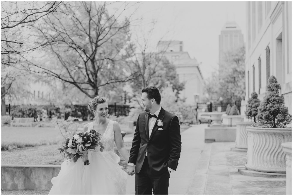 Rebecca_Shehorn_Photography_Indianapolis_Wedding_Photographer_7714.jpg