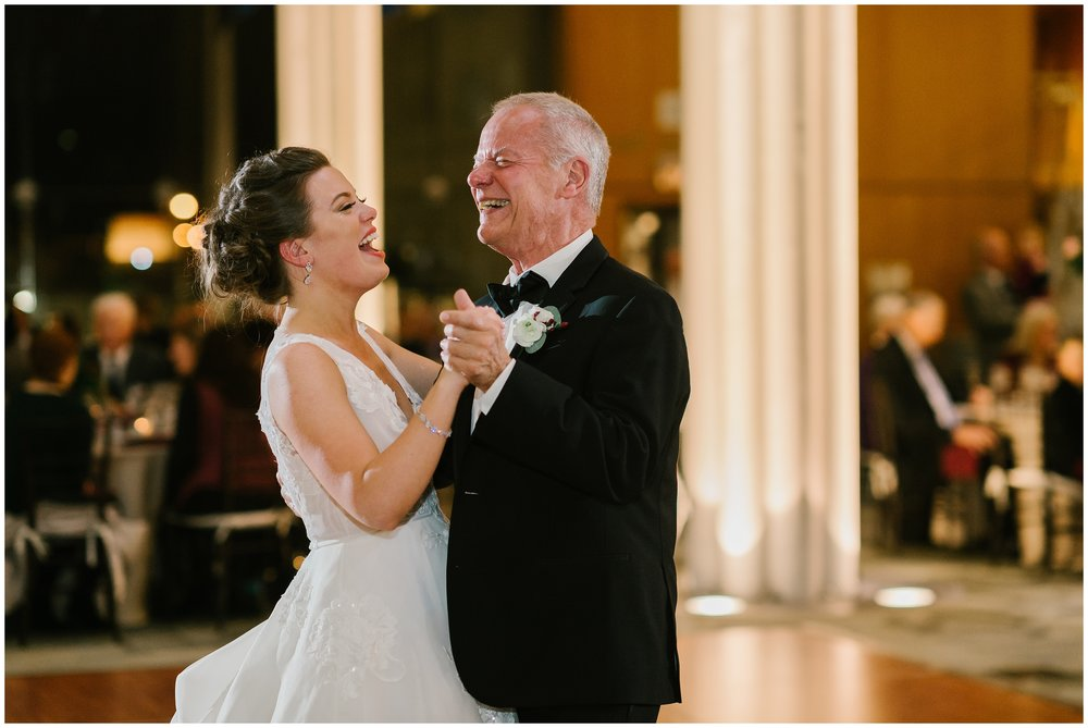 Rebecca_Shehorn_Photography_Indianapolis_Wedding_Photographer_7785.jpg
