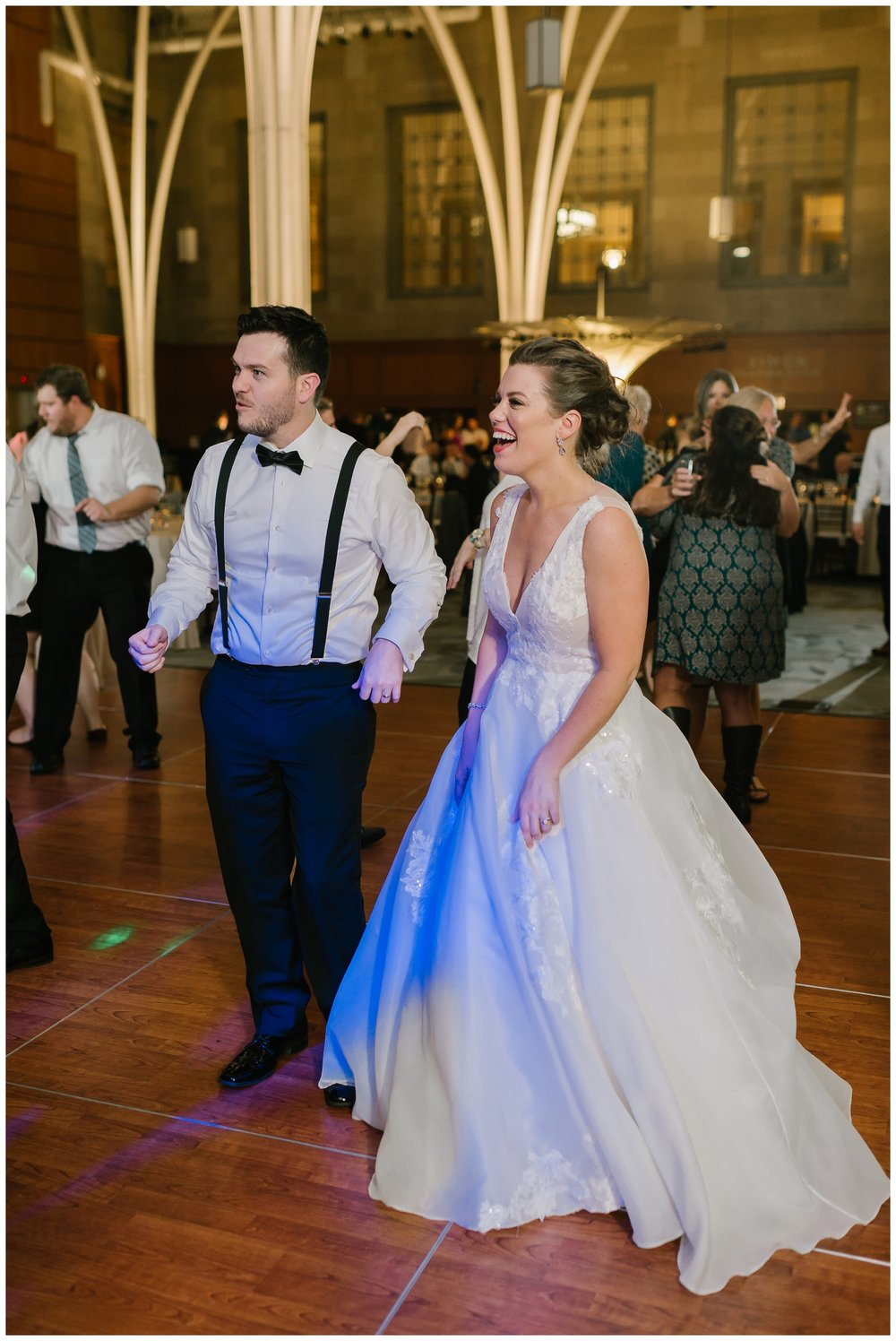 Rebecca_Shehorn_Photography_Indianapolis_Wedding_Photographer_7804.jpg