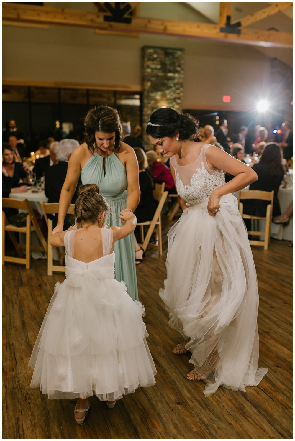 Rebecca_Shehorn_Photography_Indianapolis_Wedding_Photographer_7978.jpg