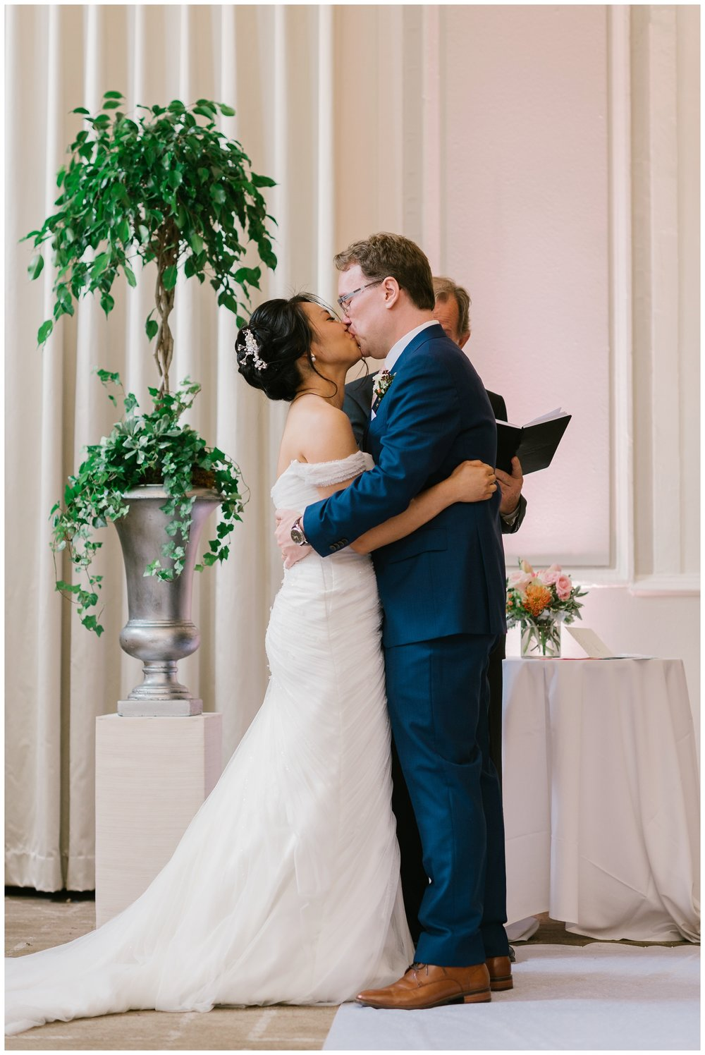 Rebecca_Shehorn_Photography_Indianapolis_Wedding_Photographer_8137.jpg