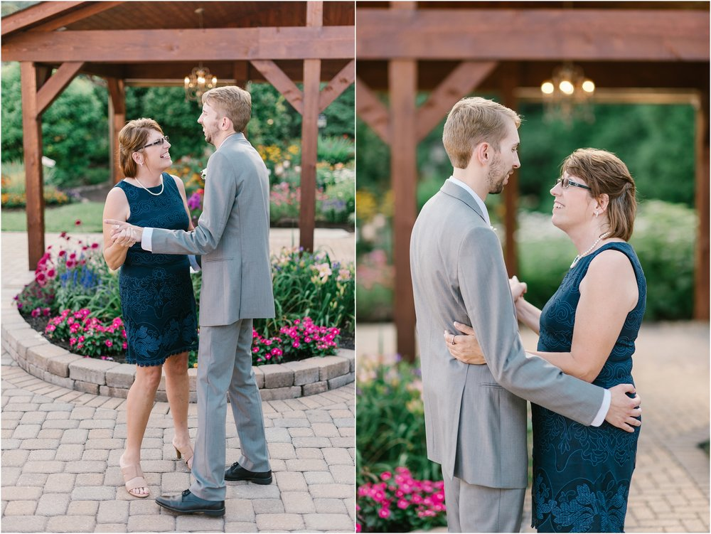 Rebecca_Shehorn_Photography_Indianapolis_Wedding_Photographer_8518.jpg
