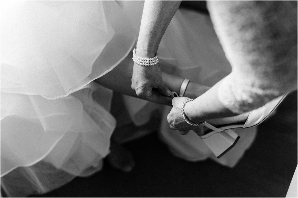 Rebecca_Shehorn_Photography_Indianapolis_Wedding_Photographer_8591.jpg