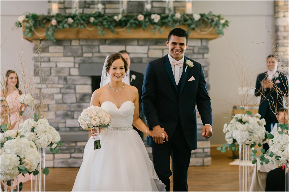 Rebecca_Shehorn_Photography_Indianapolis_Wedding_Photographer_8609.jpg
