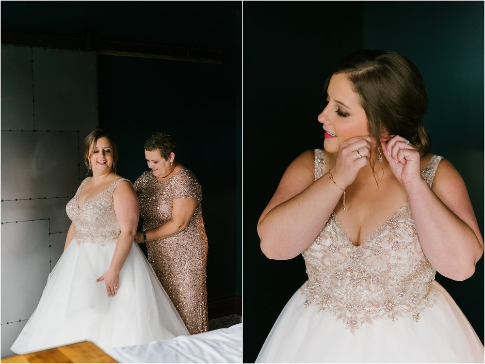 Rebecca_Shehorn_Photography_Indianapolis_Wedding_Photographer_8794.jpg