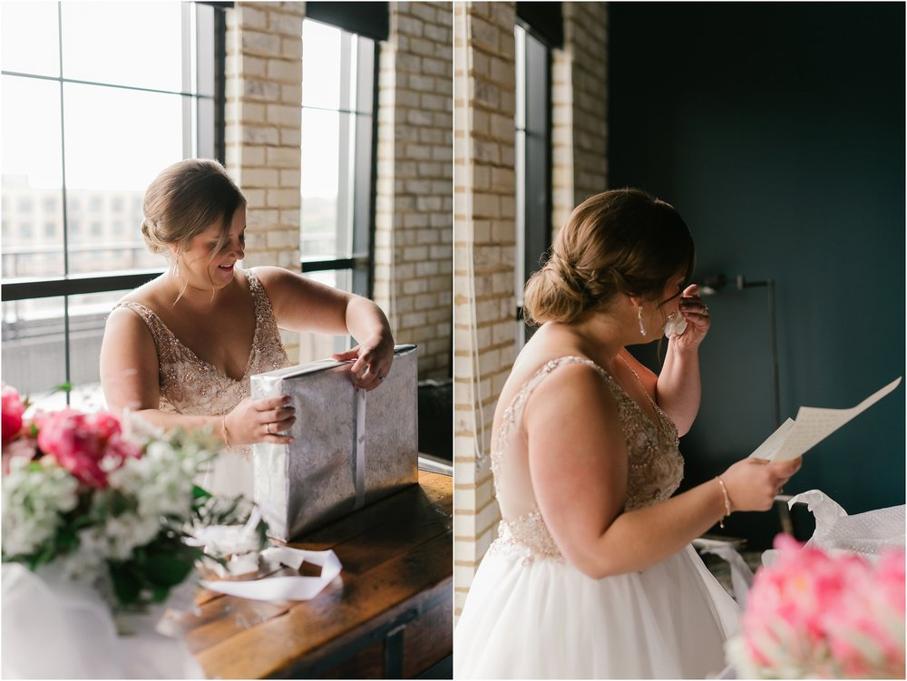 Rebecca_Shehorn_Photography_Indianapolis_Wedding_Photographer_8799.jpg