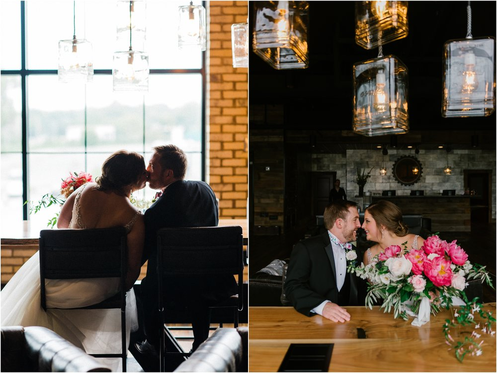 Rebecca_Shehorn_Photography_Indianapolis_Wedding_Photographer_8808.jpg