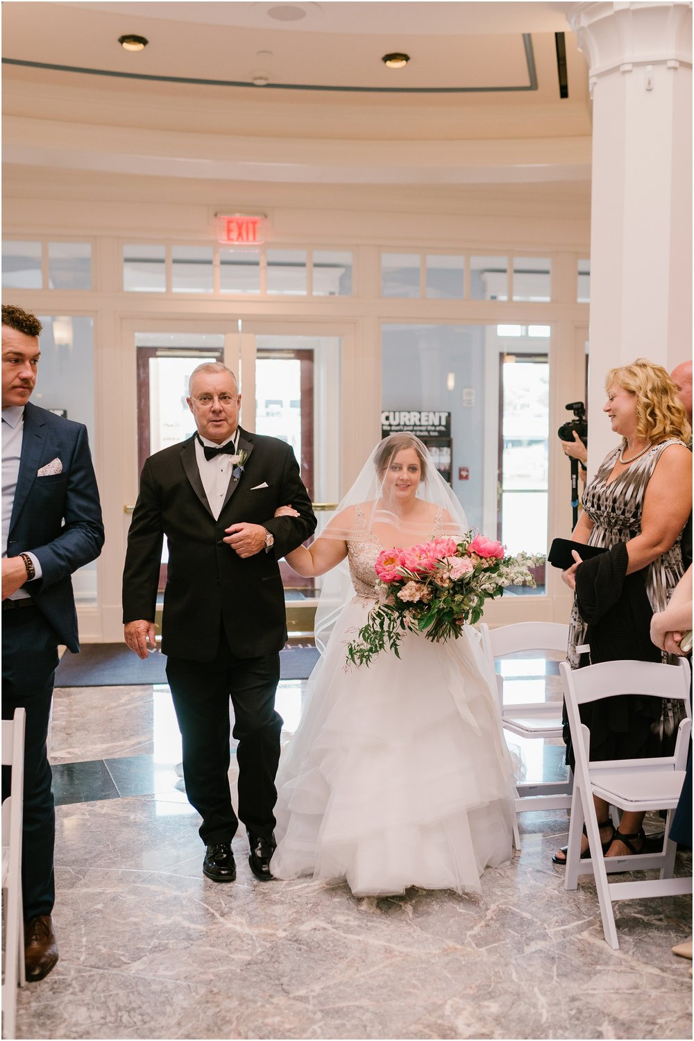 Rebecca_Shehorn_Photography_Indianapolis_Wedding_Photographer_8831.jpg