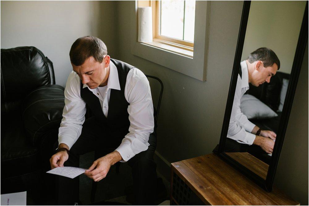 Rebecca_Shehorn_Photography_Indianapolis_Wedding_Photographer_9585.jpg