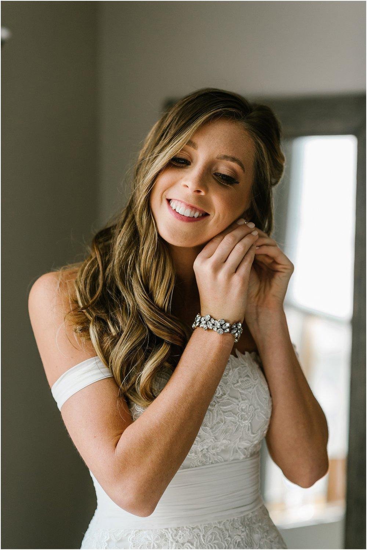 Rebecca_Shehorn_Photography_Indianapolis_Wedding_Photographer_9587.jpg