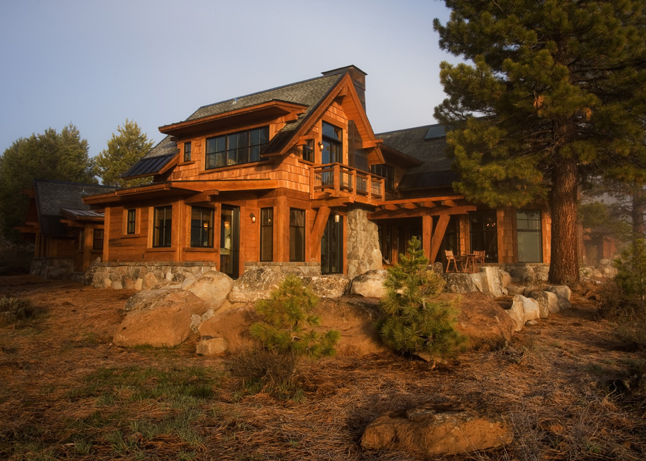 Lahontan264-Master Suite at Sunrise.jpg
