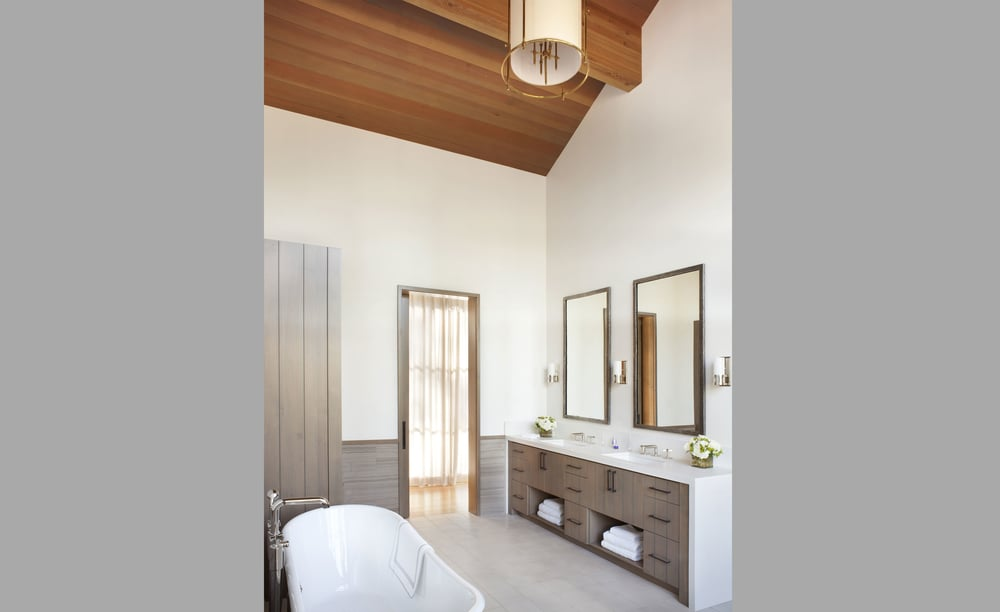 Contractor: Jim Morrison Construction   Interiors: Matt O'Dorisio Design + Decoration Photography: Gibeon Photography Square Footage: 5,978 sf bedrooms: 5 bathrooms: 5.5